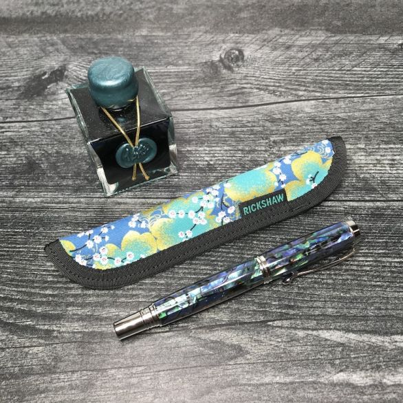 Solo Pen Sleeve - Cherry Blossoms Teal