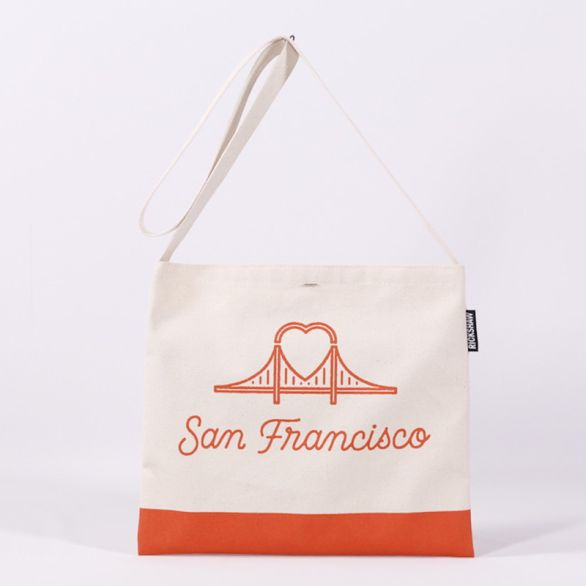 Canvas SF Heart Bridge Musette