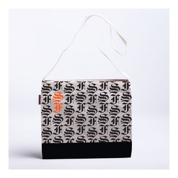 Musette SF Blackletter